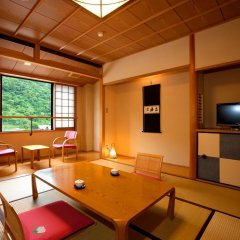 Отель Ryokan Seoto Yuoto No Yado Ukiha Хита комната для гостей