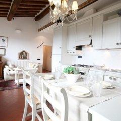 Отель We Tuscany - Zaffiro Bianco Италия, Сан-Джиминьяно - отзывы, цены и фото номеров - забронировать отель We Tuscany - Zaffiro Bianco онлайн питание