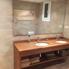 Отель Apkeys Barcino Balmes Испания, Барселона - отзывы, цены и фото номеров - забронировать отель Apkeys Barcino Balmes онлайн ванная
