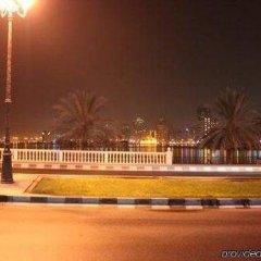Отель Golden Tulip Sharjah бассейн фото 2