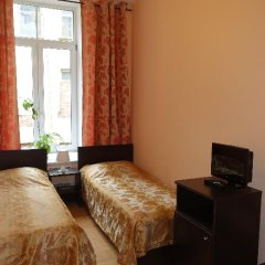 Хостел Бабушка Хаус Стандартный номер с различными типами кроватей фото 17