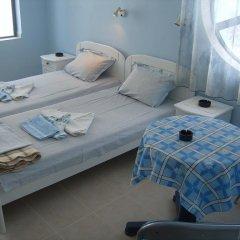 Andi Hotel комната для гостей