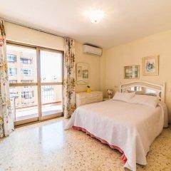 Отель Edicicio Sol Playa   5 Pax   First Line   3652-AW Испания, Фуэнхирола - отзывы, цены и фото номеров - забронировать отель Edicicio Sol Playa   5 Pax   First Line   3652-AW онлайн комната для гостей фото 2