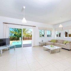 Отель Chronos Villa Кипр, Протарас - отзывы, цены и фото номеров - забронировать отель Chronos Villa онлайн комната для гостей фото 2