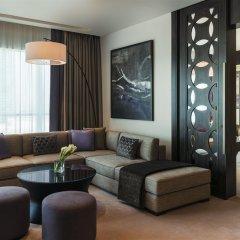 Отель Sheraton Grand Hotel, Dubai ОАЭ, Дубай - 1 отзыв об отеле, цены и фото номеров - забронировать отель Sheraton Grand Hotel, Dubai онлайн комната для гостей фото 5