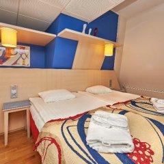 Отель Cumulus Hakaniemi 3* Стандартный семейный номер с двуспальной кроватью