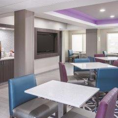 Отель La Quinta Inn & Suites Effingham питание