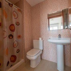 Отель Apartaments AR Espronceda Испания, Бланес - отзывы, цены и фото номеров - забронировать отель Apartaments AR Espronceda онлайн ванная фото 2
