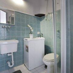 Отель At Home - Porta Romana Италия, Милан - отзывы, цены и фото номеров - забронировать отель At Home - Porta Romana онлайн ванная фото 2