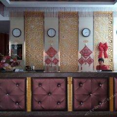 Отель Lotus Business Hostel Китай, Джиангме - отзывы, цены и фото номеров - забронировать отель Lotus Business Hostel онлайн интерьер отеля