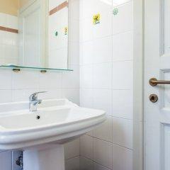 Отель Bed & Bed Cassia Италия, Флоренция - 10 отзывов об отеле, цены и фото номеров - забронировать отель Bed & Bed Cassia онлайн ванная