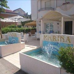 Отель Marina Риччоне бассейн