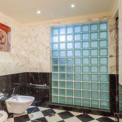 Отель Grand Excelsior Hotel Deira ОАЭ, Дубай - 1 отзыв об отеле, цены и фото номеров - забронировать отель Grand Excelsior Hotel Deira онлайн ванная