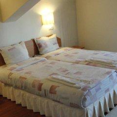 Отель Zasheva Kushta Guesthouse Банско комната для гостей фото 5