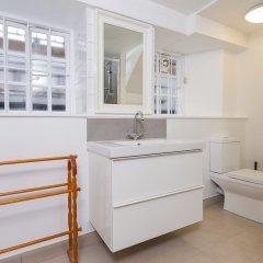 Отель Incredible 2 Bedroom Flat next to Westminster Abbey Великобритания, Лондон - отзывы, цены и фото номеров - забронировать отель Incredible 2 Bedroom Flat next to Westminster Abbey онлайн ванная фото 2