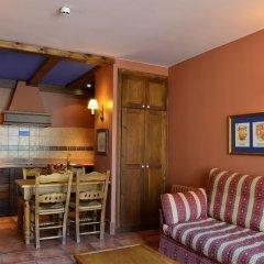 Отель Suite Aparthotel El Refugio de Aran Vielha в номере