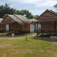Отель Lanta Local Hut Ланта