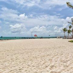 Отель Costa Atlantica Beach Condos Доминикана, Пунта Кана - отзывы, цены и фото номеров - забронировать отель Costa Atlantica Beach Condos онлайн пляж фото 2