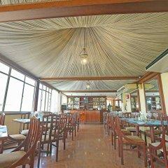 Отель Yoho Colombo City гостиничный бар