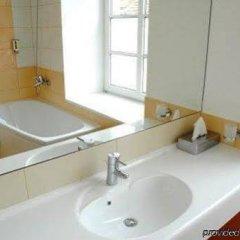 Отель Mabre Residence Литва, Вильнюс - 4 отзыва об отеле, цены и фото номеров - забронировать отель Mabre Residence онлайн ванная фото 2