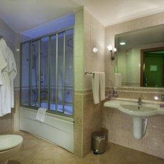 Silence Beach Resort Турция, Сиде - 1 отзыв об отеле, цены и фото номеров - забронировать отель Silence Beach Resort - All Inclusive онлайн ванная
