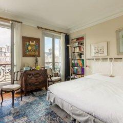 Отель Overlooking the Seine on Ile de la Cite комната для гостей фото 5