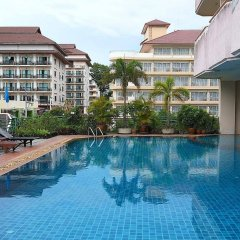 Отель Mike Beach Resort Pattaya бассейн фото 2