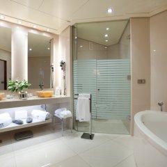 Отель Las Arenas Balneario Resort Испания, Валенсия - 1 отзыв об отеле, цены и фото номеров - забронировать отель Las Arenas Balneario Resort онлайн ванная фото 2