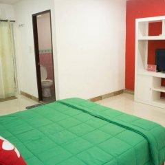 Отель Zen Rooms Mahajak Residence Бангкок комната для гостей фото 4