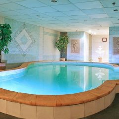 Отель Днипро Киев бассейн