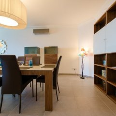 Отель Seafront Luxury APT With Pool Мальта, Слима - отзывы, цены и фото номеров - забронировать отель Seafront Luxury APT With Pool онлайн удобства в номере