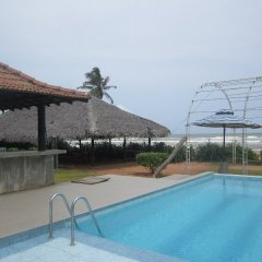 Отель Saffron Beach Шри-Ланка, Ваддува - отзывы, цены и фото номеров - забронировать отель Saffron Beach онлайн бассейн