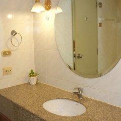 Отель Omni Tower Syncate Suites Бангкок ванная фото 2