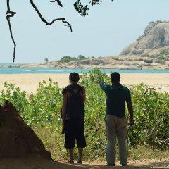 Отель Big Game Camp Yala Шри-Ланка, Катарагама - отзывы, цены и фото номеров - забронировать отель Big Game Camp Yala онлайн пляж