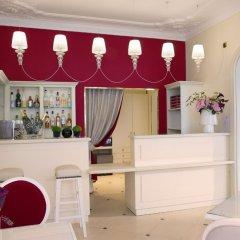 Отель Queen Mary Opera гостиничный бар