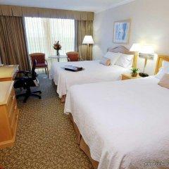 Отель Hampton Inn and Suites by Hilton, Downtown Vancouver Канада, Ванкувер - отзывы, цены и фото номеров - забронировать отель Hampton Inn and Suites by Hilton, Downtown Vancouver онлайн комната для гостей фото 5