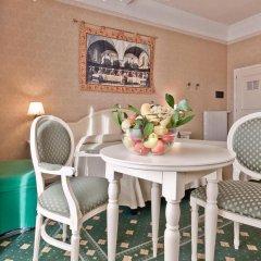 Отель Terme Roma Италия, Абано-Терме - 2 отзыва об отеле, цены и фото номеров - забронировать отель Terme Roma онлайн балкон