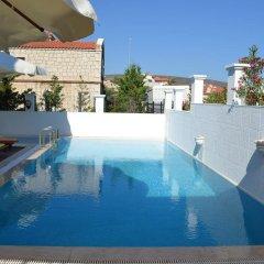 Lapis Port Surf Hotel Турция, Чешме - отзывы, цены и фото номеров - забронировать отель Lapis Port Surf Hotel онлайн бассейн
