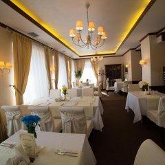 Гостиница Шале Грааль Апарт-Отель Украина, Трускавец - отзывы, цены и фото номеров - забронировать гостиницу Шале Грааль Апарт-Отель онлайн питание фото 2