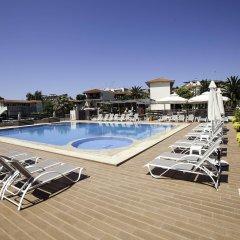 Отель Simeon Греция, Метаморфоси - отзывы, цены и фото номеров - забронировать отель Simeon онлайн бассейн