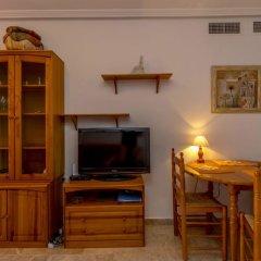 Отель Las Calitas Bloque III Ориуэла комната для гостей