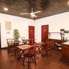 Отель Alfred Court Accommodation Шри-Ланка, Коломбо - отзывы, цены и фото номеров - забронировать отель Alfred Court Accommodation онлайн питание