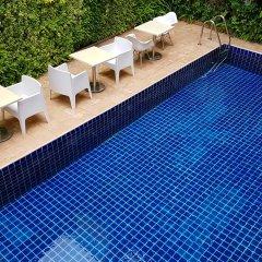 Dinso Mon Hotel Бангкок бассейн фото 3
