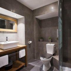 Hotel Le Geneve Ницца ванная