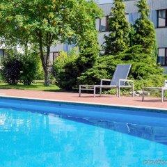 Отель Novotel Malta Познань бассейн