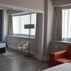 Отель Weare Chamartín Испания, Мадрид - 1 отзыв об отеле, цены и фото номеров - забронировать отель Weare Chamartín онлайн комната для гостей фото 5