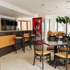 Отель Pirin Heights Holiday Apartments Болгария, Банско - отзывы, цены и фото номеров - забронировать отель Pirin Heights Holiday Apartments онлайн гостиничный бар