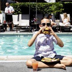 Отель The Fairmont Waterfront Канада, Ванкувер - отзывы, цены и фото номеров - забронировать отель The Fairmont Waterfront онлайн бассейн