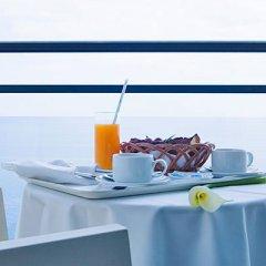 Отель Vidamar Resort Madeira - Half Board Only Португалия, Фуншал - отзывы, цены и фото номеров - забронировать отель Vidamar Resort Madeira - Half Board Only онлайн в номере фото 2