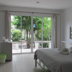 Отель Charlie's Bungalow Таиланд, Ко Сичанг - отзывы, цены и фото номеров - забронировать отель Charlie's Bungalow онлайн комната для гостей фото 3
